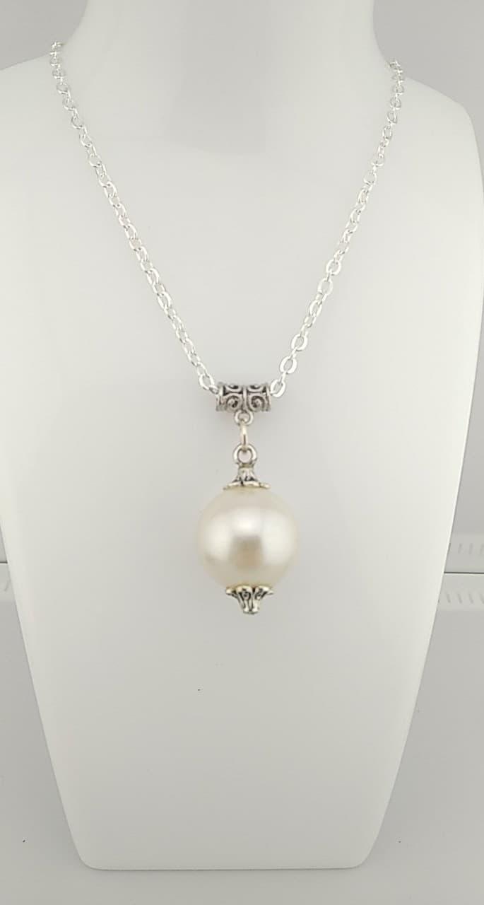 Collier perle nacré