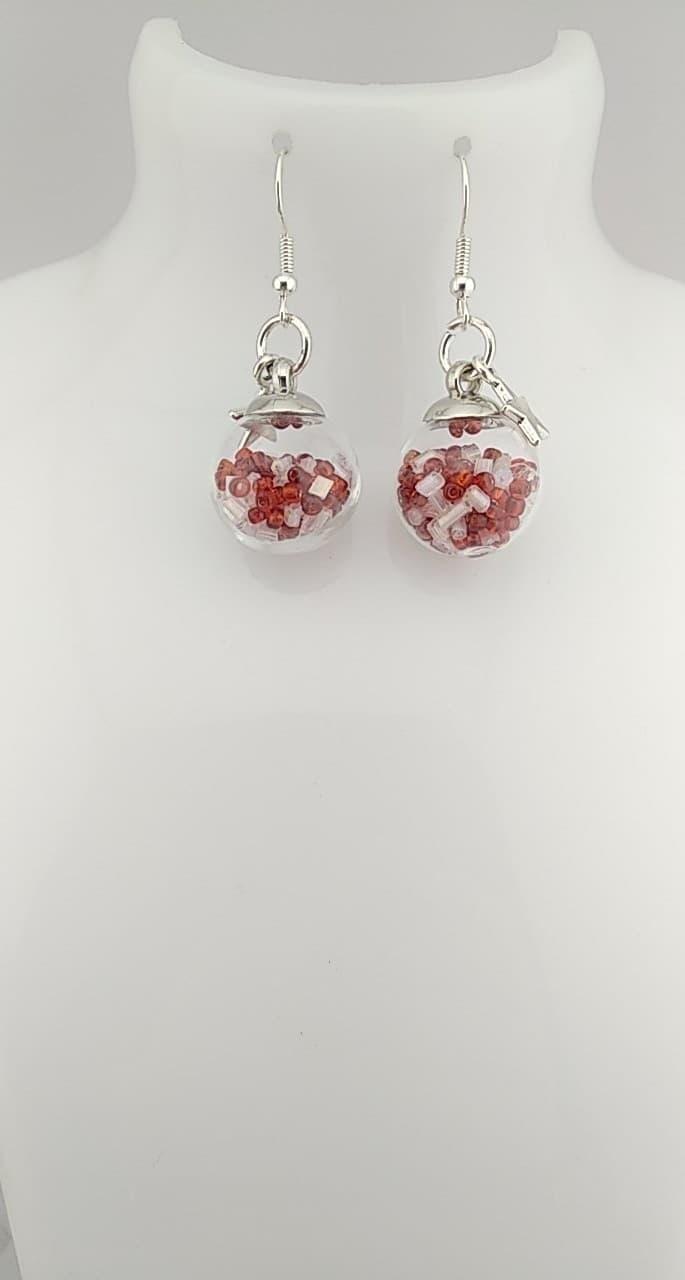 Boucles d\'oreilles Perles rouge , blanc