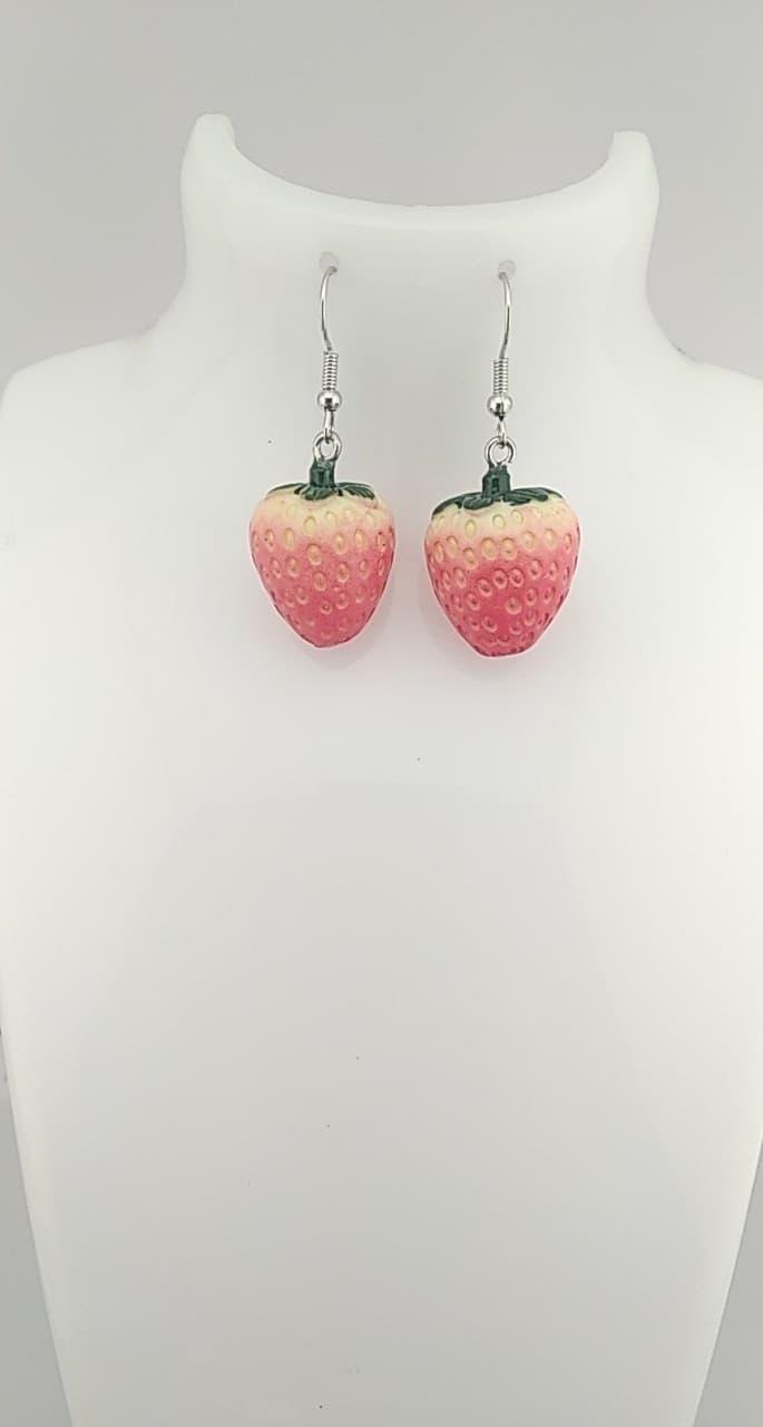 Boucles d\'oreilles fraises