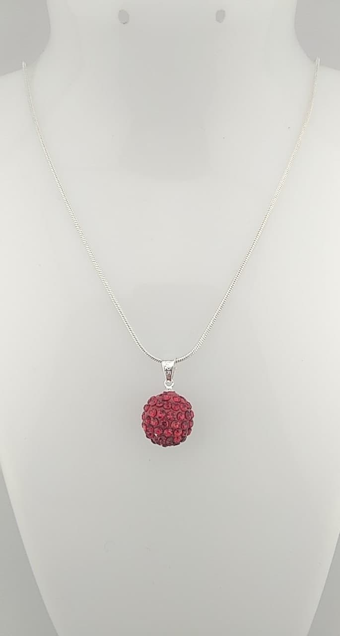 Colliers pendentif perles rouge strass