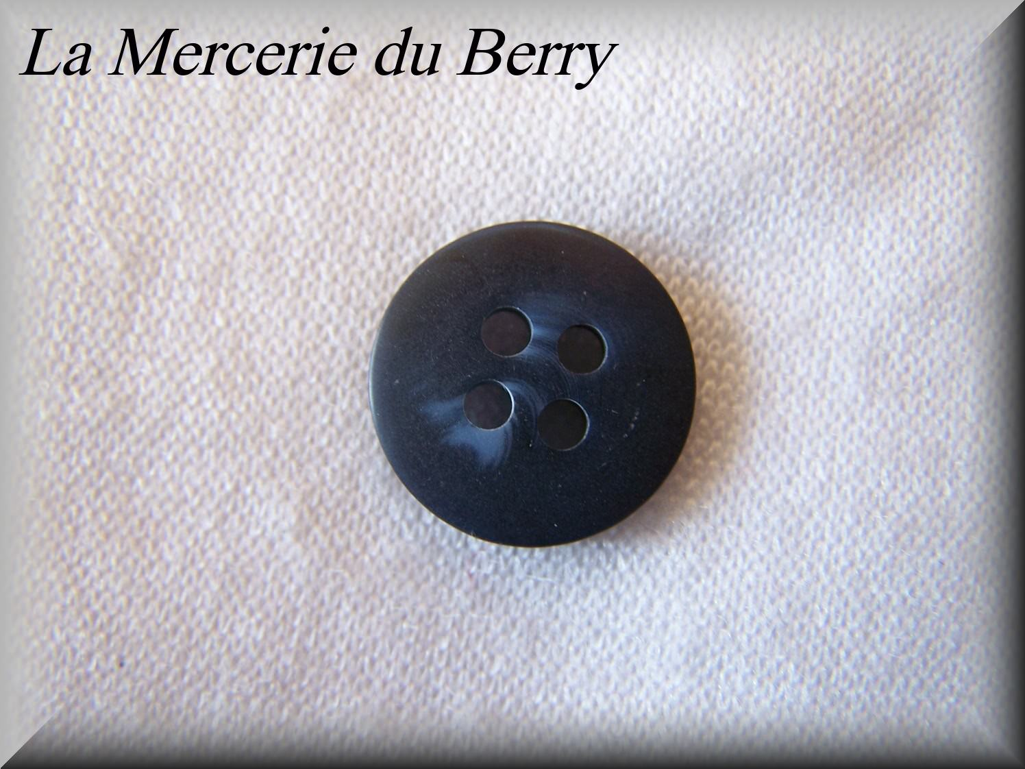 Bouton bleu marine marbré