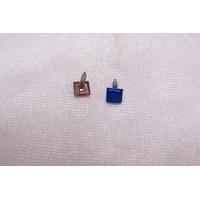 Clou en forme de carré, bleu