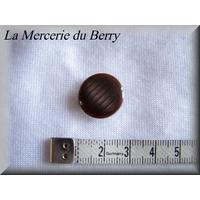 Bouton marron, 18 mm