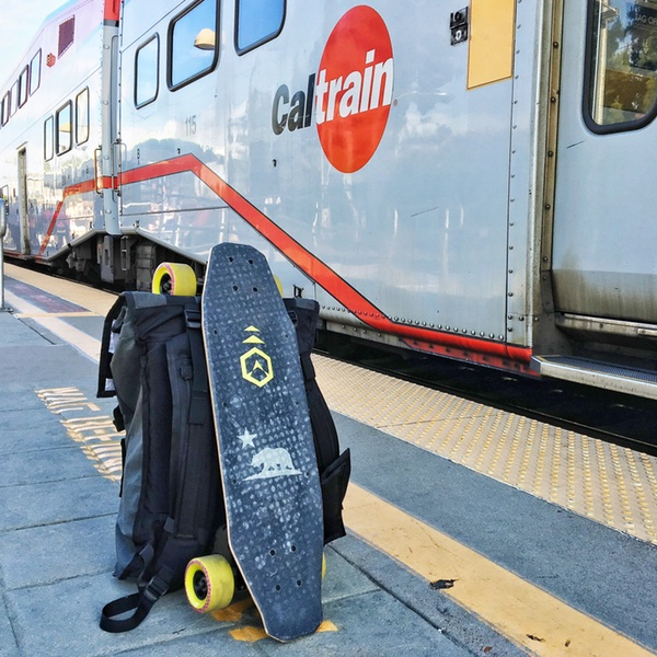 Skate blinck board electrique acton