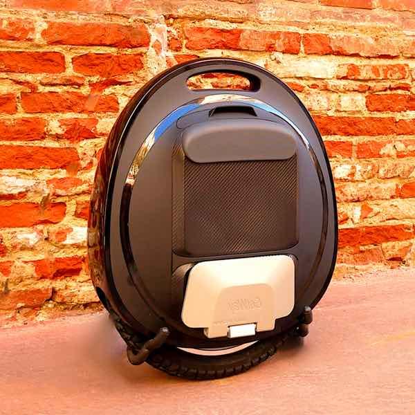 roue lectrique gotway tesla noire de 16 pouces. Black Bedroom Furniture Sets. Home Design Ideas
