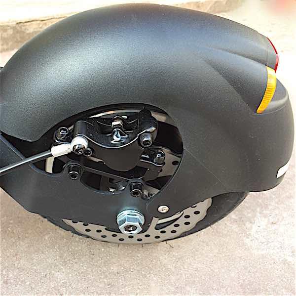 roue-ar-trottinette-double-moteur-HT10