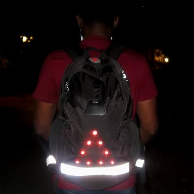 Sac à dos 30 litres Blacklight Nomadled avec Leds AV / AR et bandes rétro réfléchissantes