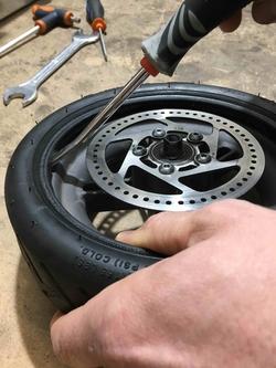 reparer roue xiaomi