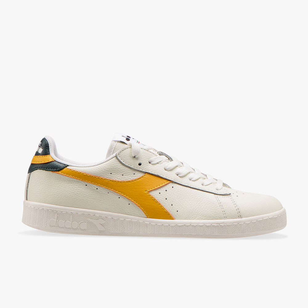 Basket-Diadora-Game-L-Low-Blanche-Jaune