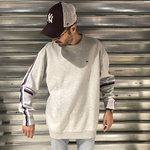 sweat-racing-gris-bandes-tommy-jeans