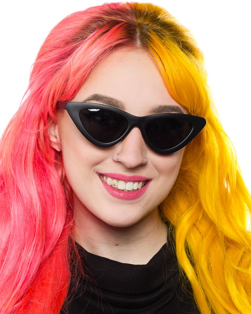 spsg10_lunettes-de-soleil-pin-up-retro-50-s-rockabilly-cat-eye-mat-noir