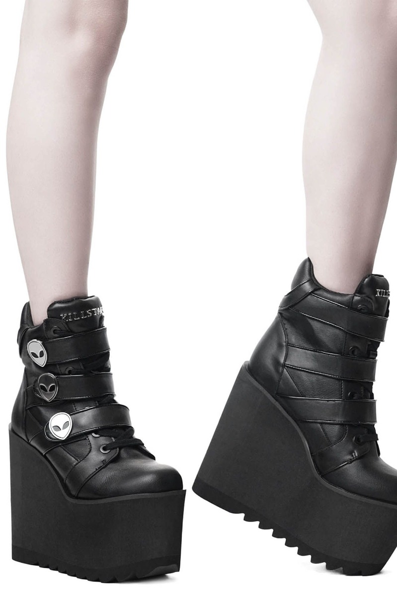 ks1123bbbbb_chaussures-bottines-wedge-gothique-glam-rock-shes-out-there-alien
