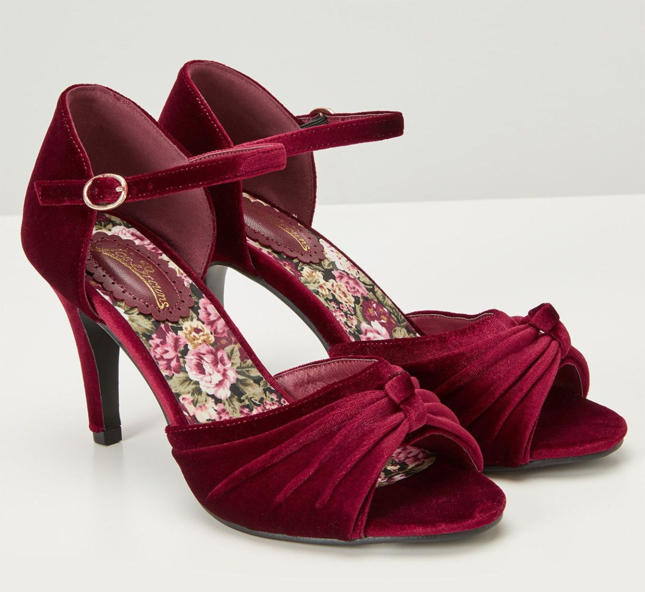 jbkc047_chaussures-escarpins-vintage-pin-up-50-s-glam-chic-fabulous-feminine-velvet