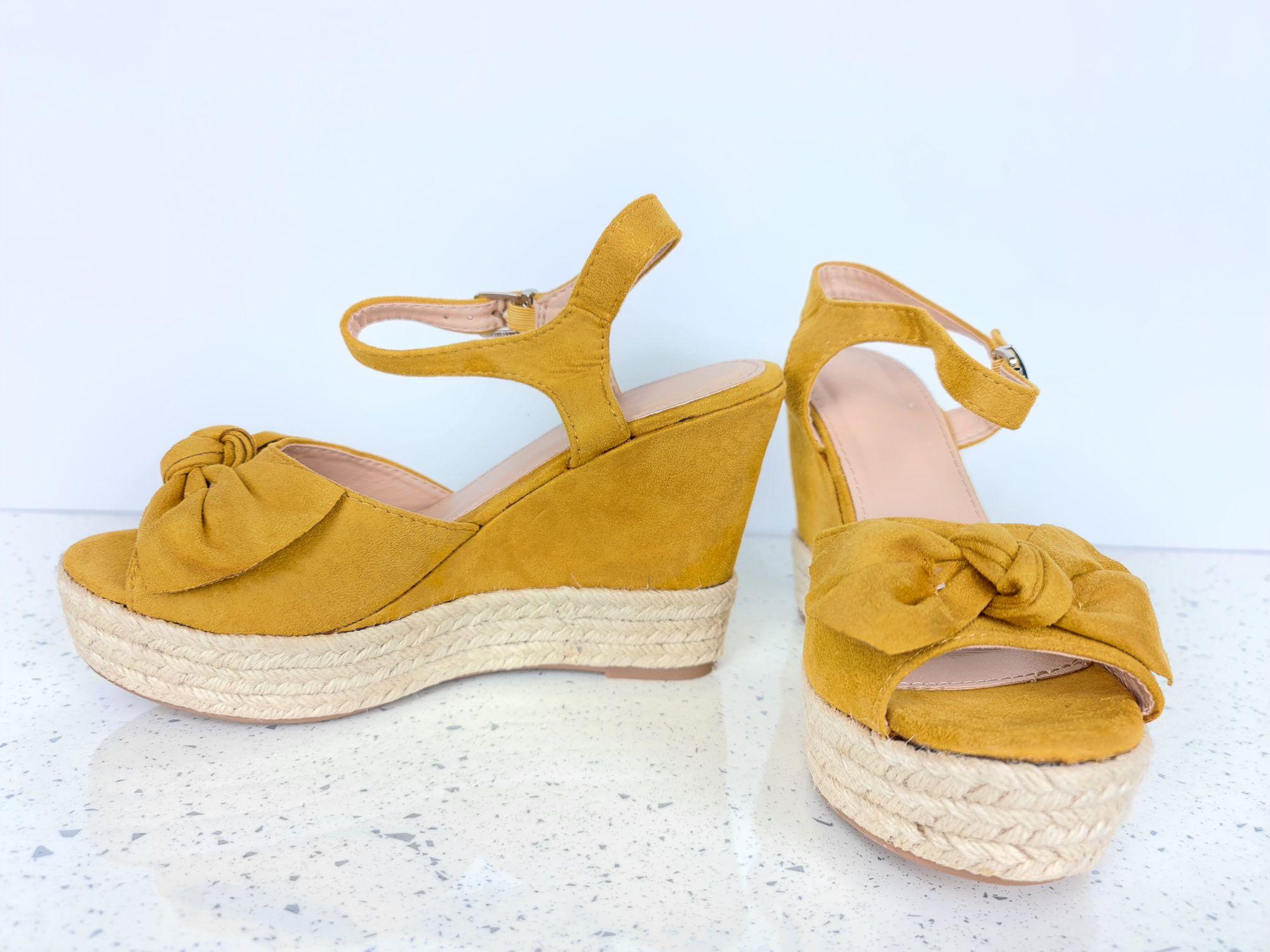 FPSHO001YELbbbb_sandales-wedge-nu-pieds-pinup-50-s-rockabilly-retro-nancy-moutarde