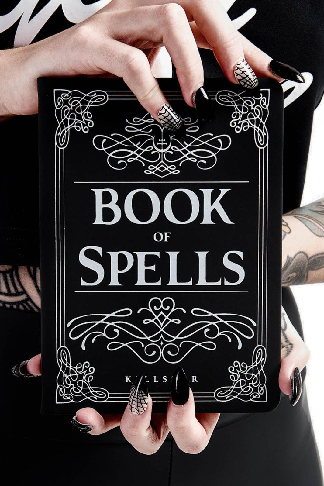 KS02600_carnet-bloc-note-journal-gothique-rock-book-of-spells