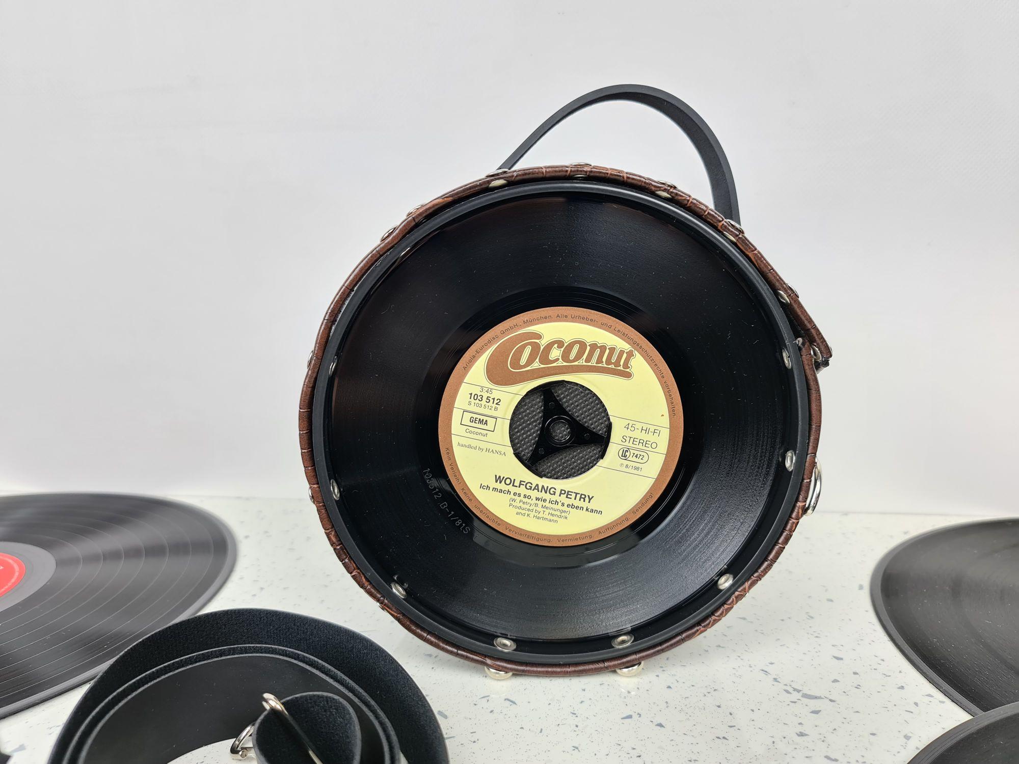 BA001bb_sac-a-main-pin-up-rockabilly-retro-vinyl-45t