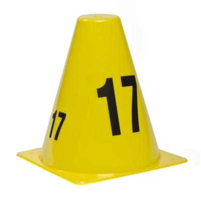 cône jaune numéroté