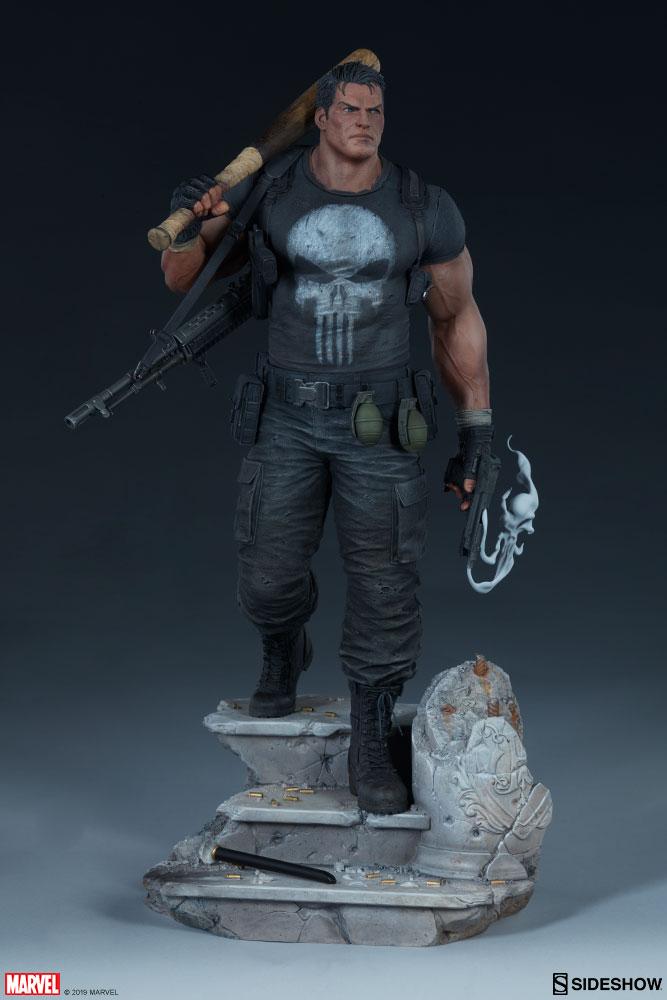 Statuette Marvel Premium Format The Punisher 56cm 1001 Figurines