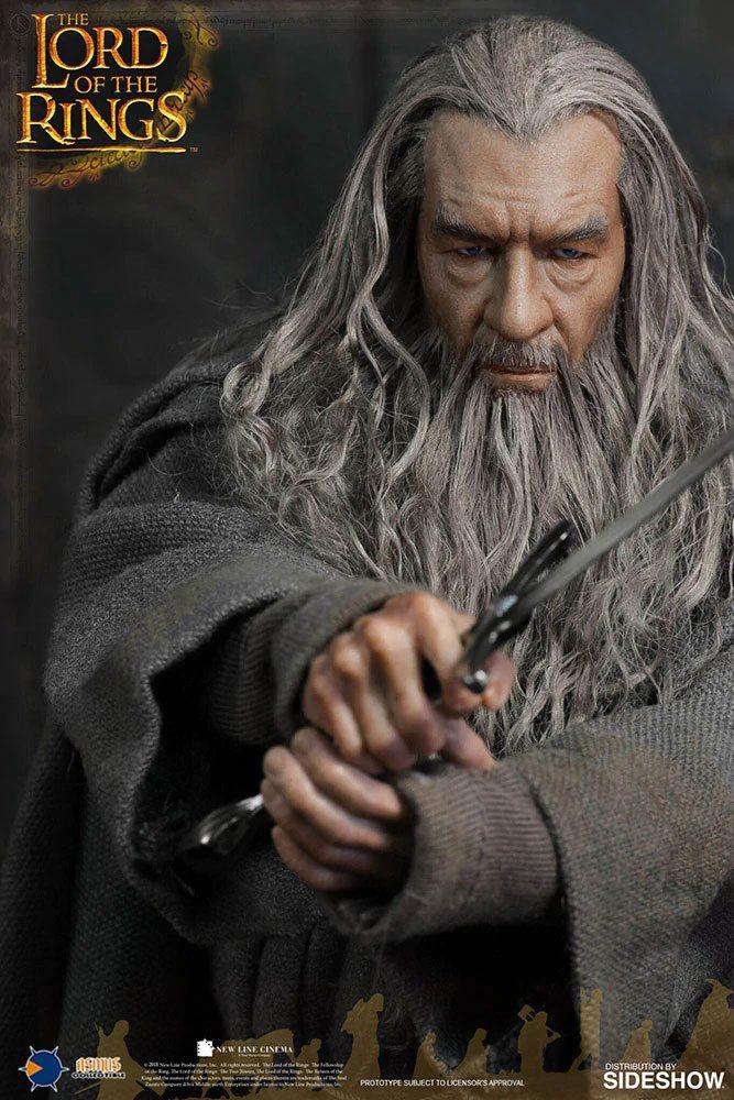 Figurine Le Seigneur des Anneaux Gandalf 32cm 1001 Figurines (2)