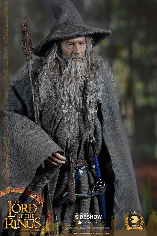 Figurine Le Seigneur des Anneaux Gandalf 32cm 1001 Figurines (10)
