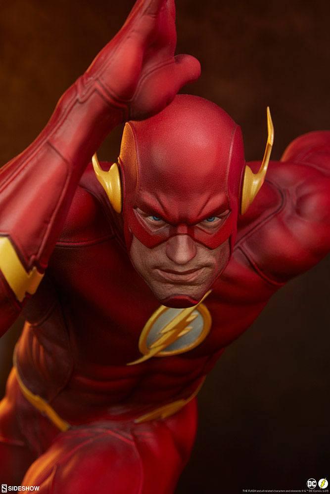 Statuette DC Comics Premium Format The Flash 43cm 1001 Figurines (3)