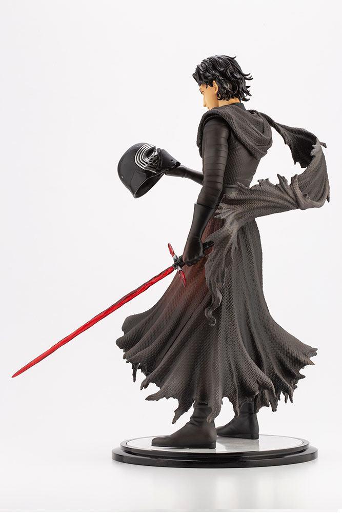Statuette Star Wars Episode VII ARTFX Kylo Ren Cloaked in Shadows 28cm 1001 Figurines (2)