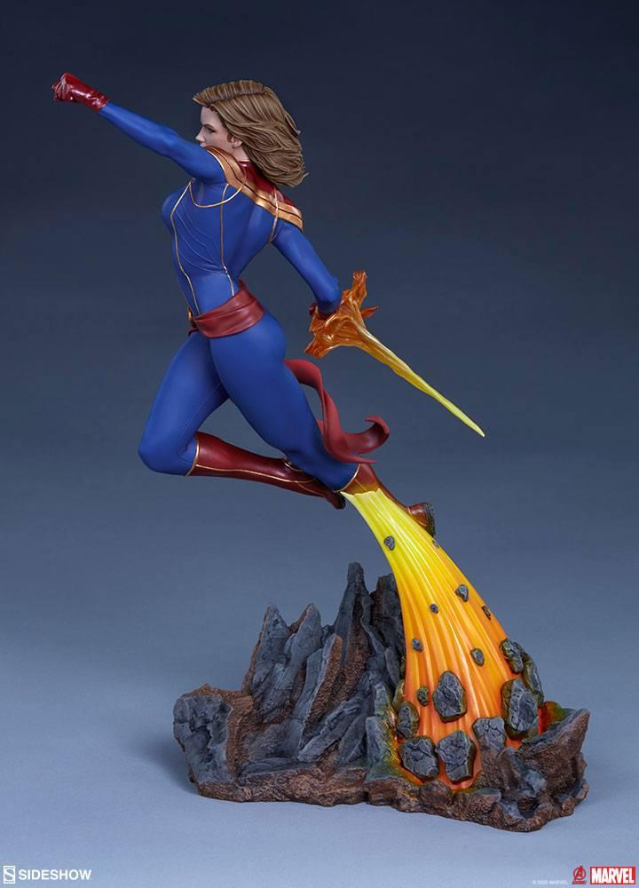 Statuette Avengers Assemble Captain Marvel 41cm 1001 Figurines (8)