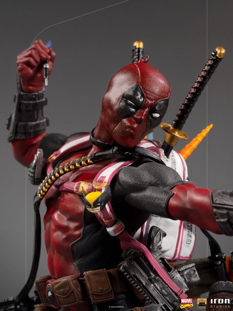 Statuette Marvel Comics BDS Deluxe Art Scale Deadpool 24cm 1001 Figurines (3)