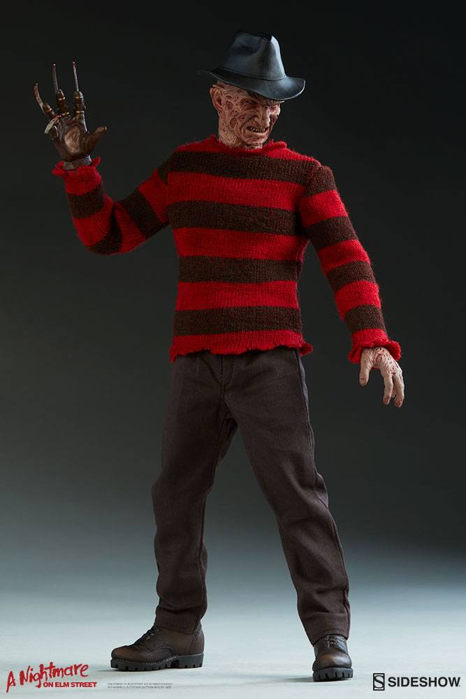 Figurine Les Griffes du cauchemar Freddy Krueger 30cm 1001 Figurines (2)
