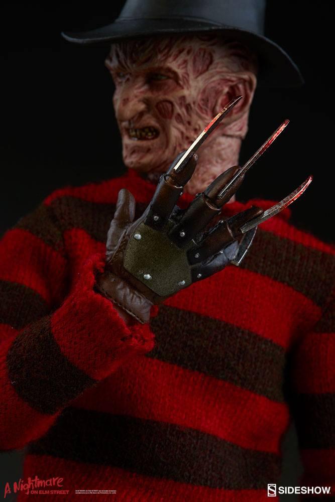 Figurine Les Griffes du cauchemar Freddy Krueger 30cm 1001 Figurines (8)