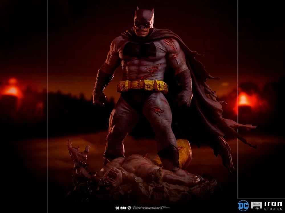 Diorama Batman Dark Knight Batman 38cm