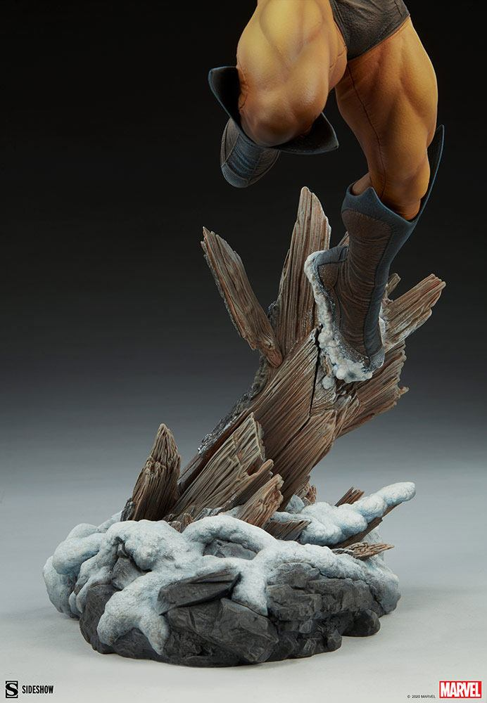 Statuette Marvel Premium Format Wolverine 52cm 1001 Figurines (13)