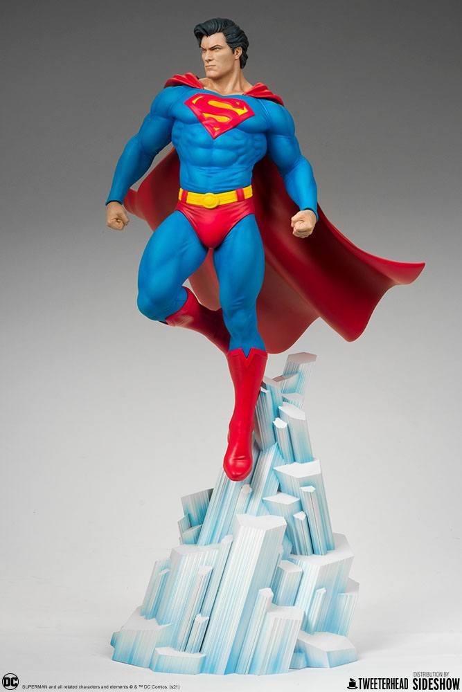 Statue DC Comics Superman 52cm 1001 Figurines (9)