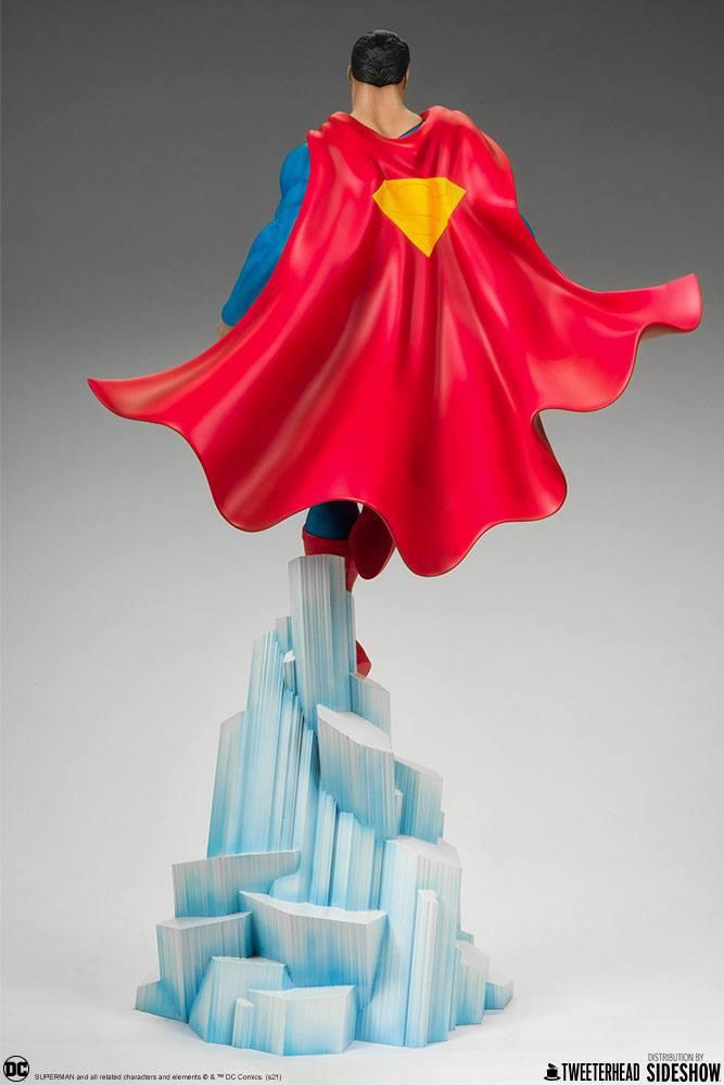 Statue DC Comics Superman 52cm 1001 Figurines (11)