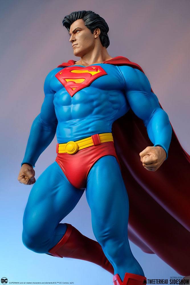 Statue DC Comics Superman 52cm 1001 Figurines (15)