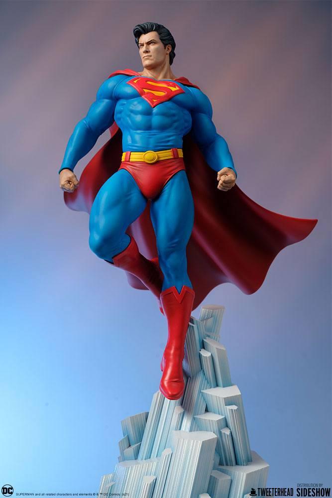 Statue DC Comics Superman 52cm 1001 Figurines (16)