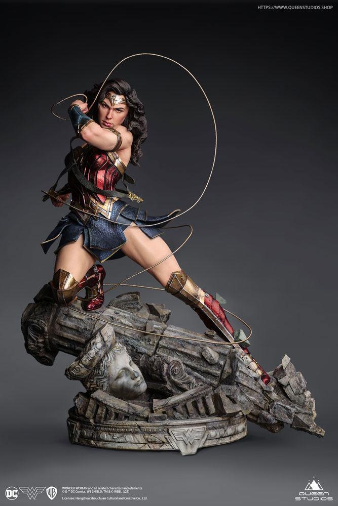 Statuette Wonder Woman Comic - Wonder Woman Early Bird Version 47cm 1001 Figurines (1)