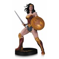 Statuette Wonder Woman DC Designer Series Wonder Woman by Frank Cho 31cm
