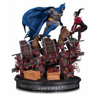 Statuette DC Comics Batman VS. Harley Quinn Battle 36cm