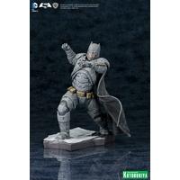 Statuette Batman vs Superman ARTFX+ Batman 21cm