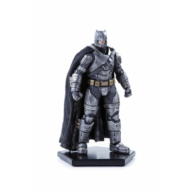 Statuette Batman v Superman Dawn of Justice Armored Batman 20cm