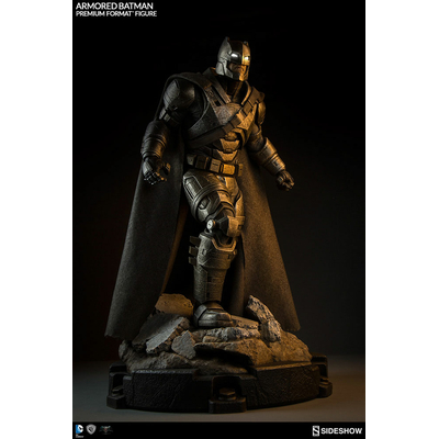 Statuette Batman v Superman Dawn of Justice Armored Batman 59cm