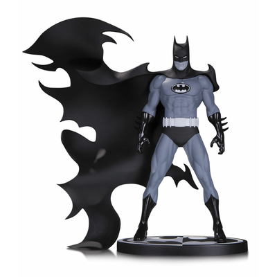 Statuette Batman Black & White Batman by Norm Breyfogle 20cm