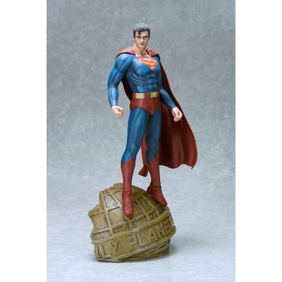 Statuette DC Comics Fantasy Figure Gallery Superman (Luis Royo) 35cm