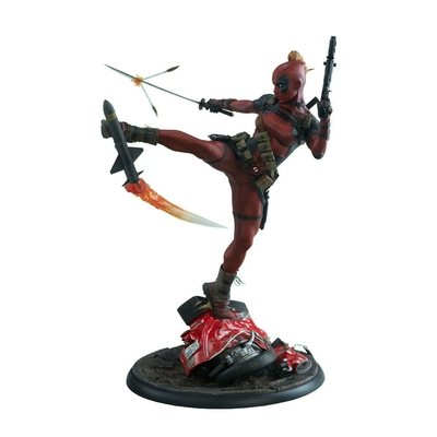 Statuette Marvel Comics Premium Format Lady Deadpool 56cm