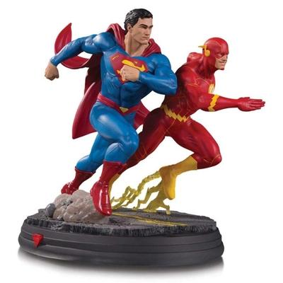 Statuette DC Gallery Superman vs The Flash Racing 26cm