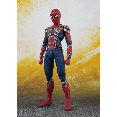 Figurine Avengers Infinity War S.H. Figuarts Iron Spider & Tamashii Stage 14cm