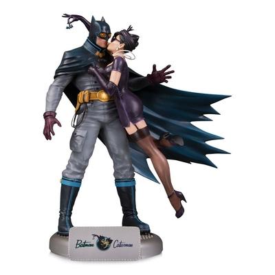 Statuette DC Comics Bombshells Deluxe Batman & Catwoman 28cm