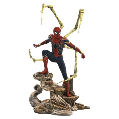 Statuette Avengers Infinity War Marvel Movie Gallery Iron Spider-Man 23cm