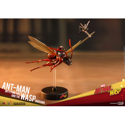 Diorama Ant-Man & The Wasp MMS Compact Series Ant-Man on Flying Ant and the Wasp 11cm